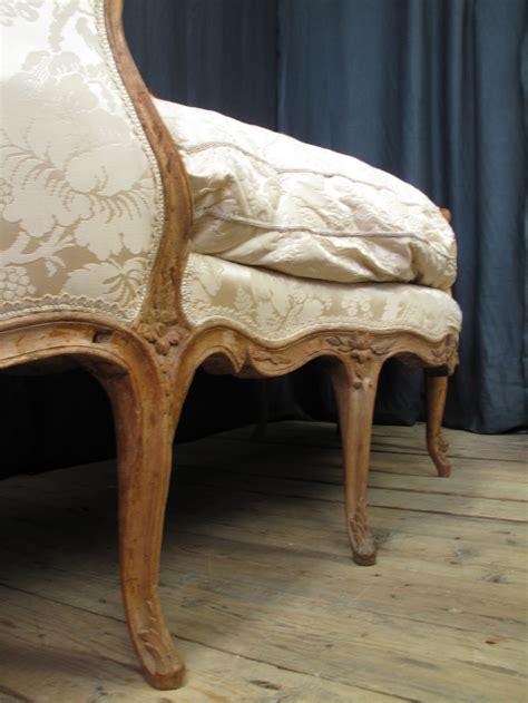 atlas canape louis xv canape corbeille en hetre sofa antiques