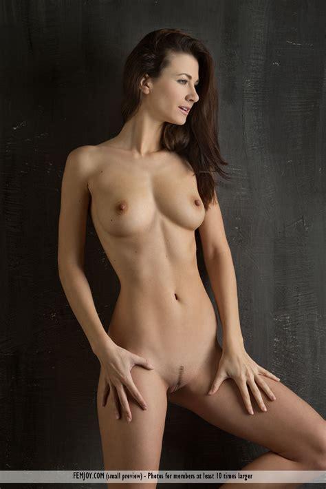 Kathy Brickmeier  nackt