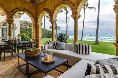 beautiful mediterranean patio designs
