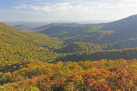 washington near places hike dc mountains virginia park ridge travel national hiking mountain nature trails usnews spots features fall