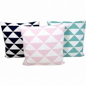Couchtisch 50 X 50 : kissen dimensions rosa pastell dreiecke geometrisch skandinavisch 50 x 50 cm ~ Bigdaddyawards.com Haus und Dekorationen
