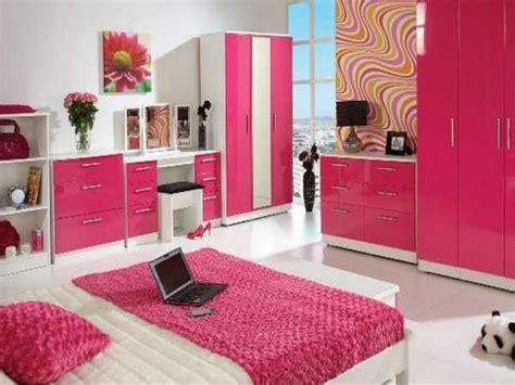 Design Ideas For Single Bedroom by Bedroom Designs Pink Small Bedroom Decorating Ideas