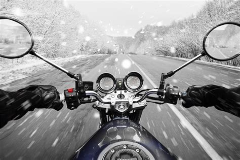 5 Tips For Riding Your Motorbike In Winter