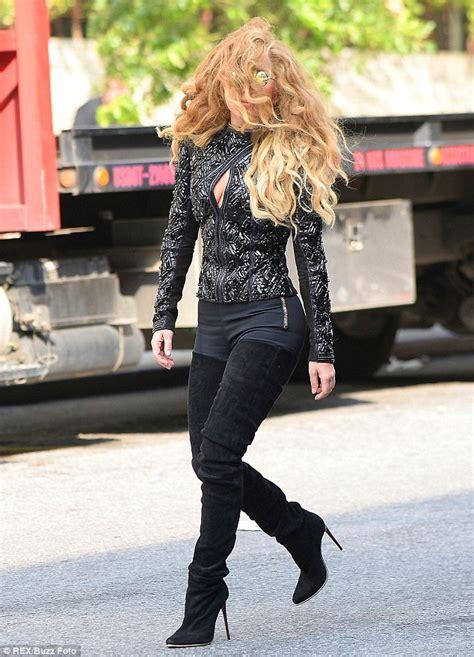 Welcome To Vernal Magazine's Blog: Lady Gaga Rocks Upper ...