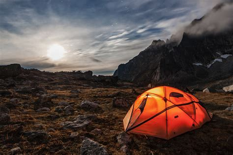 camping tents tent outdoors hiconsumption cool sleeping hiking rc gear explore bag shutterstock daily