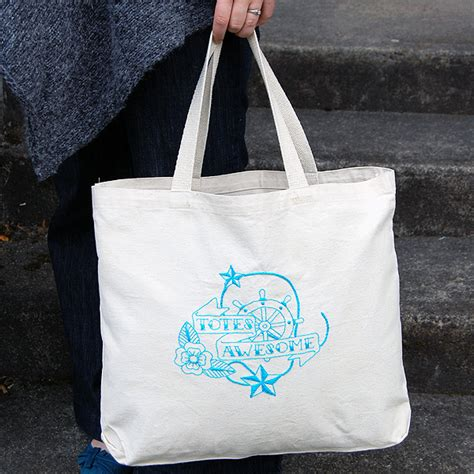 Embroidered Tote Bag 40 amazing diy presents