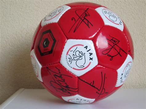 nieuwe ajax bal   met  originele handtekeningen catawiki