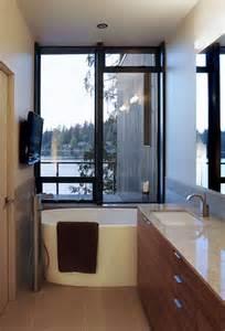 bathroom designing choosing the right bathtub for a small bathroom