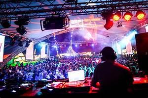 DJ Training Manual  Dj