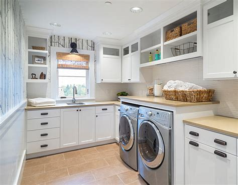Eye-catching Laundry Room Shelving Ideas