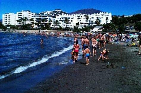 playa del cristo picture  del cristo beach estepona