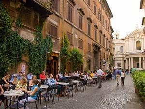 53da83d26dec627b149ef515 rome italy street cafe getty