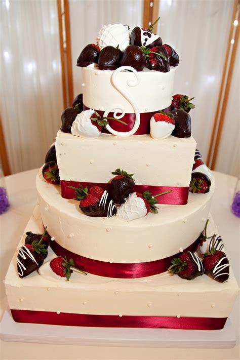 chocolate covered strawberries red velvet cake
