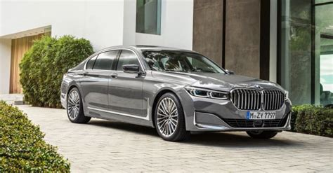 bmw unveils   luxurious   series maxim