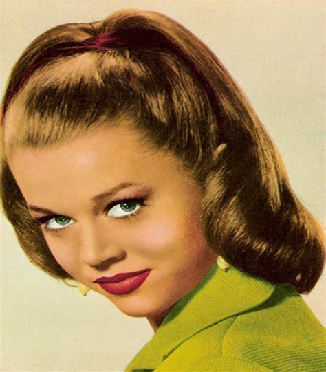 1940s Hair Styles For Medium Length Hair  Medium Haircuts