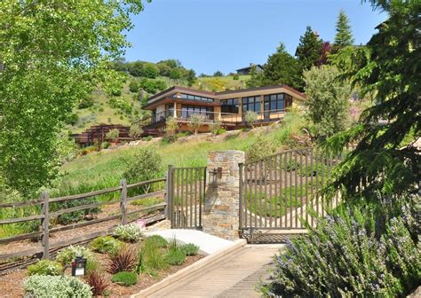 split level house designs 15 hillside homes that how to embrace the landscape