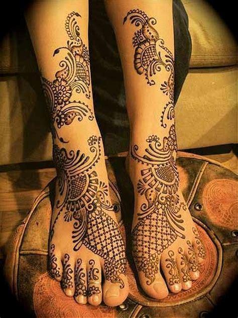 Beautiful Mehndi Designs For Wedding Season Indian