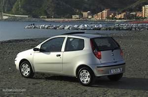 Fiat Punto 4 : fiat punto 3 doors specs photos 2003 2004 2005 autoevolution ~ Medecine-chirurgie-esthetiques.com Avis de Voitures