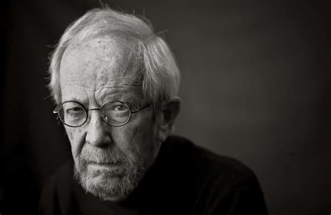 Elmore Leonard Best Book Elmore Leonard Returns With Raylan Nytimes