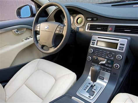 volvo  picture    interior