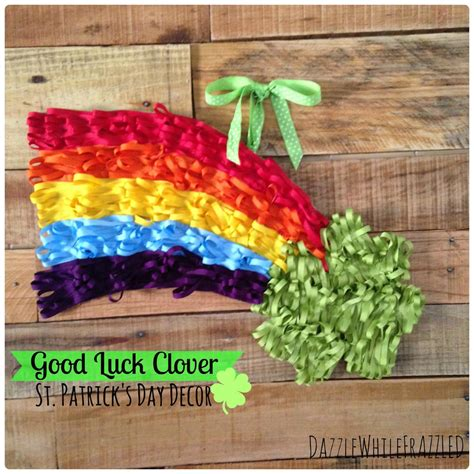 lucky colors christmas decor luck clover st s day decor allfreeholidaycrafts