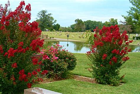Forest Memorial Gardens by Forest Lawn Memorial Gardens Goodlettsville Tn Cemetery