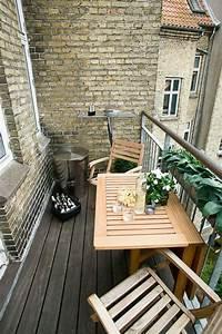 Kleiner Pool Für Terrasse : kleiner balkontisch f r ein gem tliches ambiente patio swimming pool balcony house ~ Orissabook.com Haus und Dekorationen