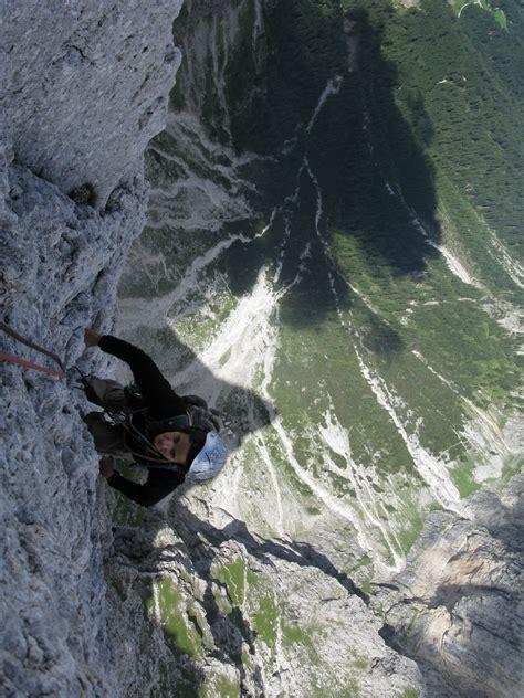 Stage Aventure  Escalade Dans Les Dolomites  Bureau Des
