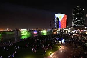 Dubai Festival City : dubai festival city mall s imagine light show a salute to ~ A.2002-acura-tl-radio.info Haus und Dekorationen