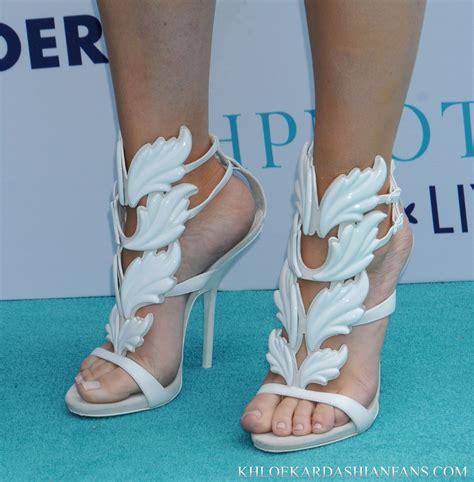 nice shoe pretty feet    favorite