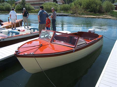 1956 Higgins Wood Boat by 17 Thompson Sea Lancer 1958 Boats