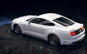 Read - How Much is Car Insurance For The New 2018 Ford Mustang Sports Car?   carsurer.com