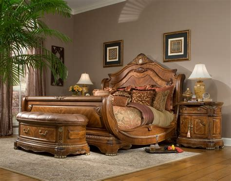 cortina sleigh bedroom set  aico  coleman furniture