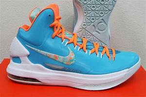 "Nike KD V ""Easter"" - Release Reminder - SneakerNews.com"