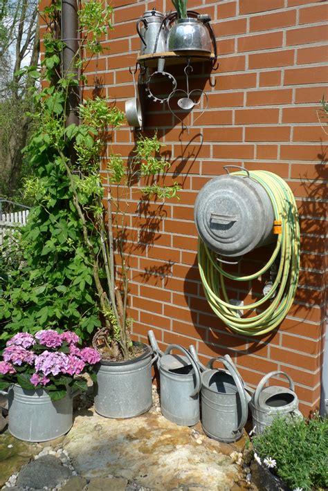 Wasserstelle Im Garten by Zinktopf Als Alternativer Schlauchhalter Karin
