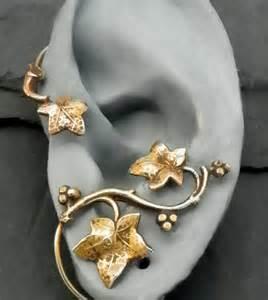 Golden Leaf Ear Wrap - AUTUMN - Intricate Fall Brass Ear Cuff
