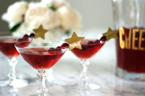 christmas cocktails the best christmas cocktail recipes