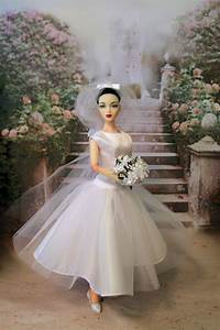 classic doll designs pattern quotfunny facequot wedding dress With funny face wedding dress