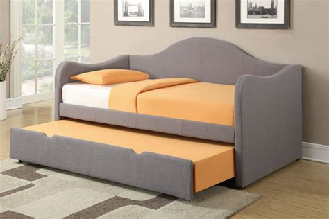 daybed with pop up modern daybed with pop up trundle size of beddaybeds