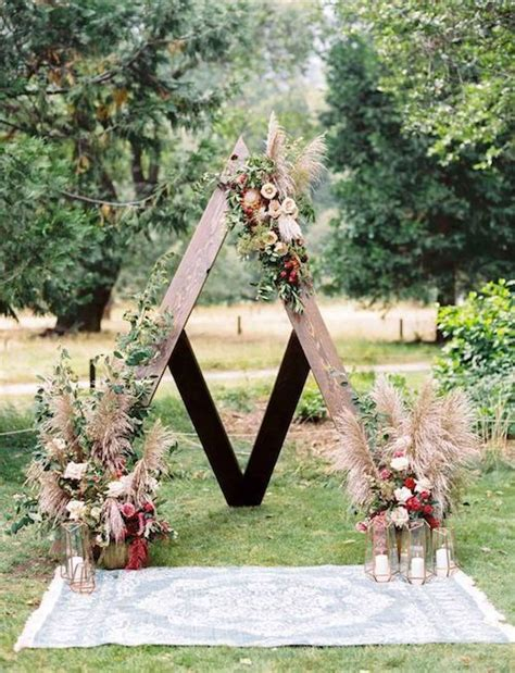 top wooden ladder wedding decor ideas to diys fast chic