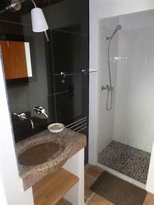 Petite Salle De Bain 3m2 : bains ~ Dailycaller-alerts.com Idées de Décoration