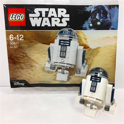 Here's a look at the Lego Star Wars R2-D2 polybag! This ...