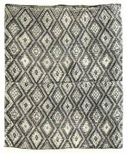 tapis berbere moderne urbantrottcom With tapis berbere avec urban design canapé antibes