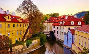 10 Most Beautiful European Cities to Visit in the Fall ...
