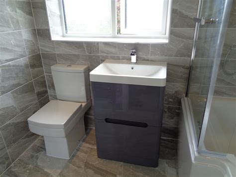 Refitting Bathroom In Stratford Upon Avon With Grey Theme