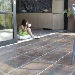 Idées Carrelage Terrasse Exterieur by Vue D Un Carrelage Ext 233 Rieur Grand Format Pour Vorte
