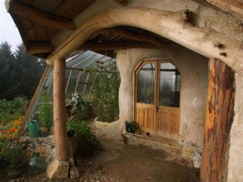 How To Build Your Very Own Lord Of The Rings Hobbit House
