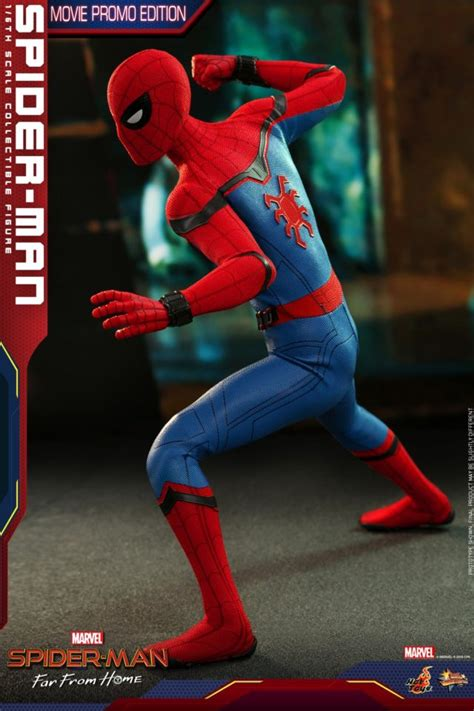 hot toys  promo spider man reissue  figure