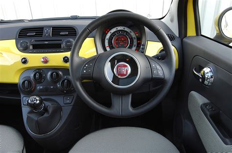 Fiat Interior Photos by Fiat 500 Hatchback 2008 Photos Parkers
