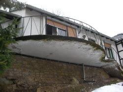 schneeschild für rasentraktor balkonueberdeckung mit morschem beton bauunternehmen